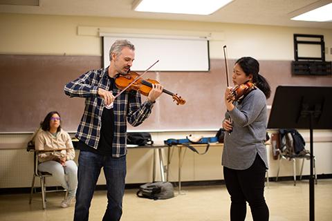 Violin masterclass instruction